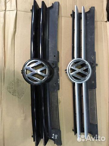 Решетка радиатора 1J0853651D Гольф 4— фотография №1