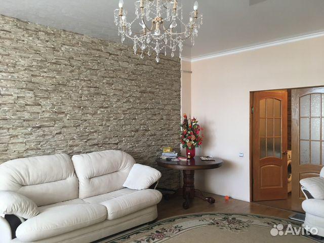 Продается четырехкомнатная квартира за 4 500 000 рублей. Ростовская область, Батайск, Комарова.