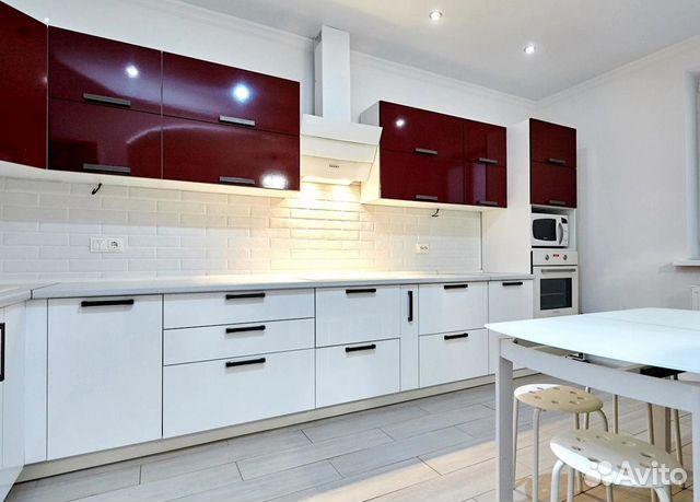 Продается трехкомнатная квартира за 4 200 000 рублей. ул им 40-летия Победы.