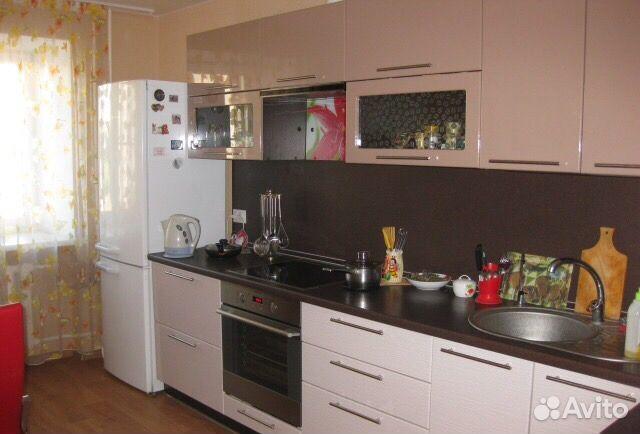 Продается четырехкомнатная квартира за 3 550 000 рублей. Киров, Радужный, улица Конституции, 11.