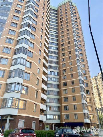 Продается четырехкомнатная квартира за 38 000 000 рублей. г Москва, ул Раменки, д 20.
