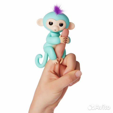 84942303606  Интерактивная обезьянка fingerlings