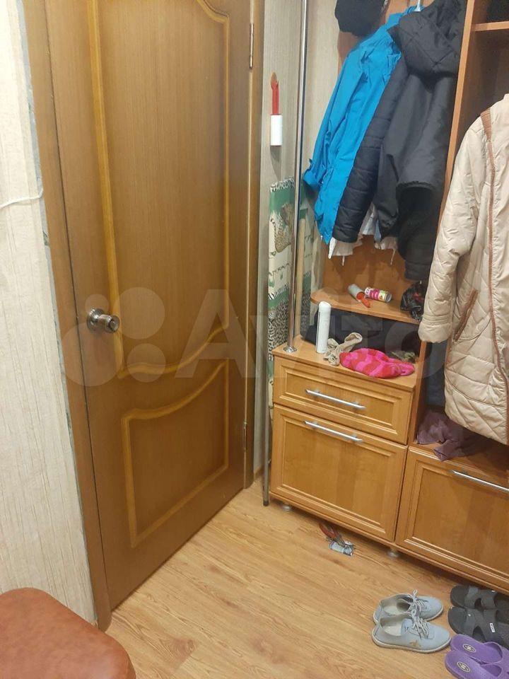 1-room apartment, 32 m2, 4/5 floor.  89642394476 buy 5