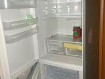Холодильник Indesit. Требует ремонта