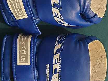 Боксерские перчатки 10 oz