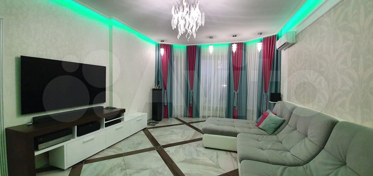 Дом 255 м² на участке 7 сот.
